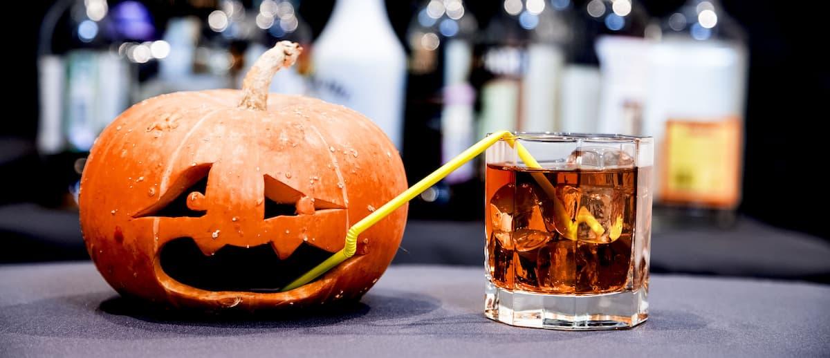 Drunken pumpkin halloween